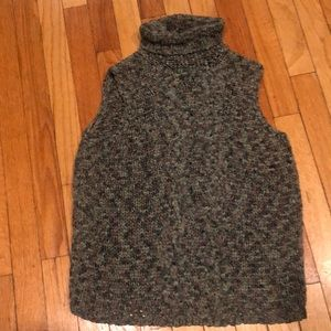 EUC CO & Eddy ribbon knit mock turtleneck vest